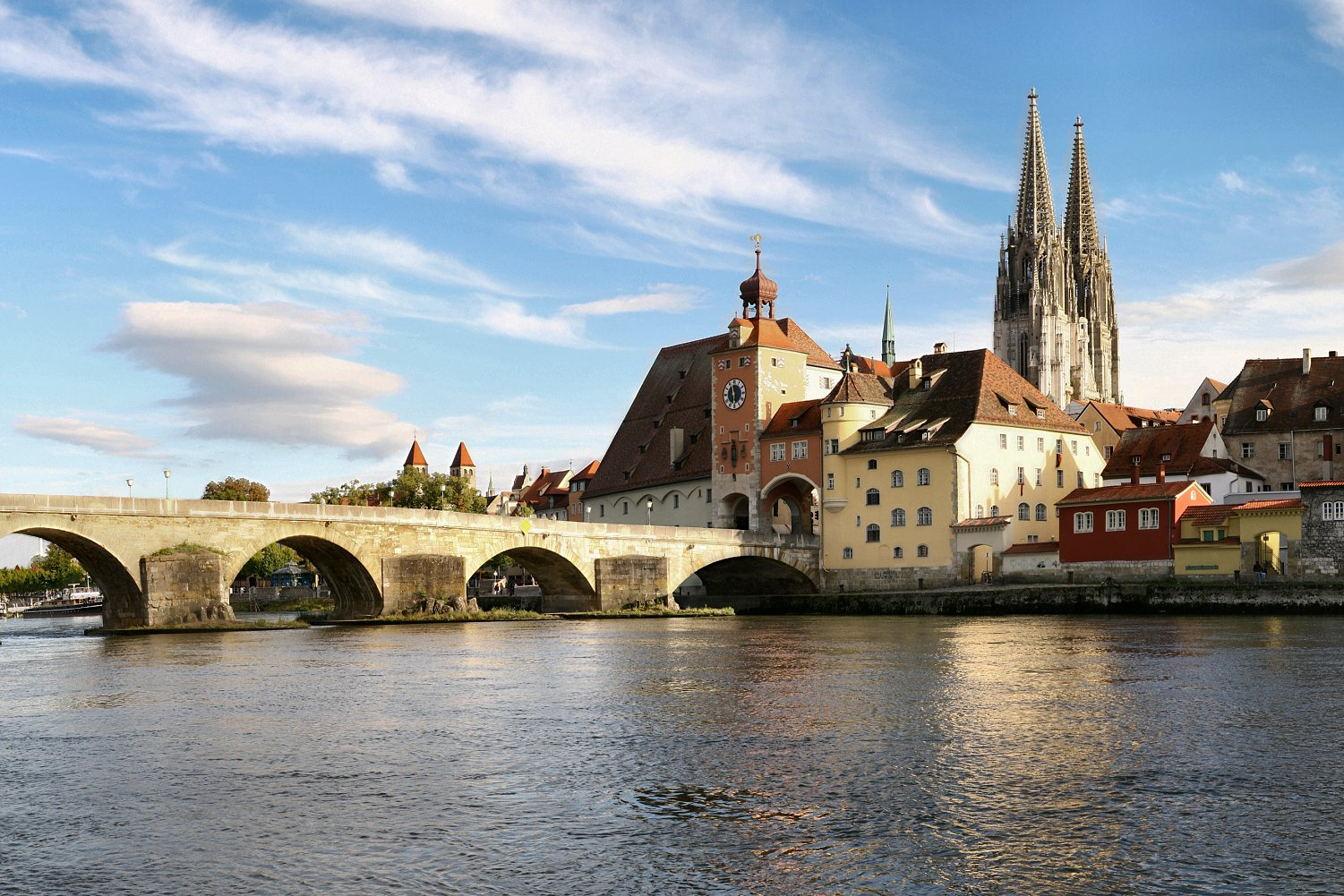 xregensburg 08 2006 2.jpg.pagespeed.ic.ITQHpYZx6o